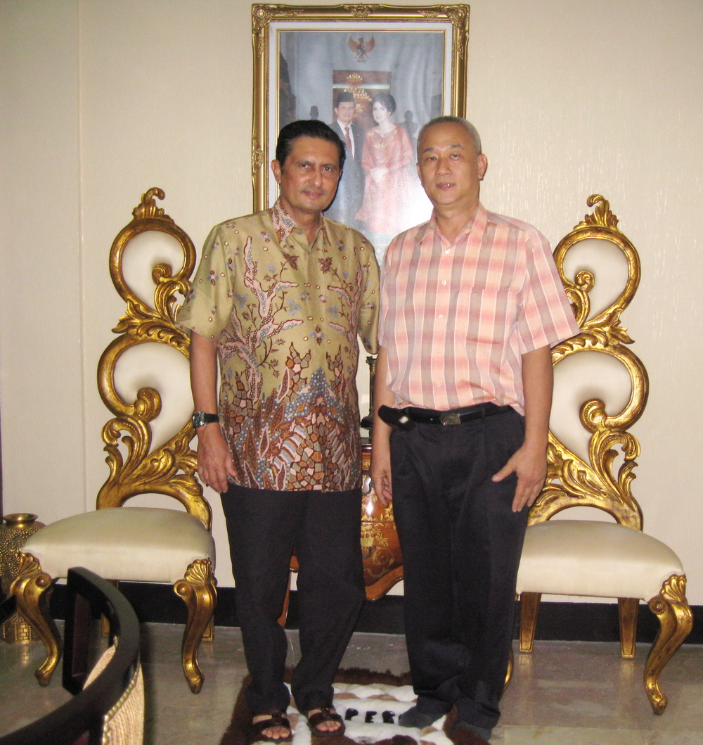 Photo with DR.Ir.Fadel Muhammad